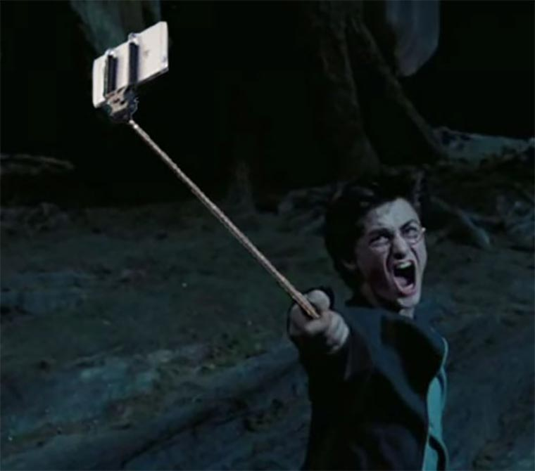 selfie_stick_weapons_02