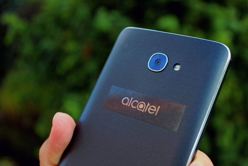 Alcatel-Pop-4S-05