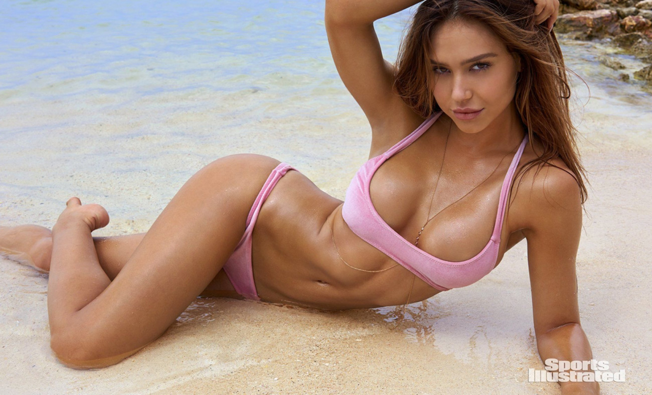 NSFW* Sports Illustrated Rookie of the Year 2018: Alexis Ren ...