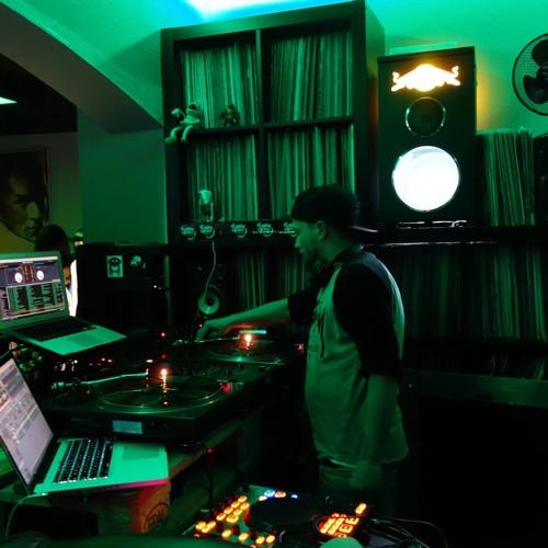 DJ-Smoove